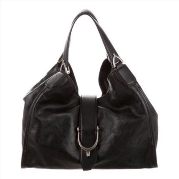bf894c0fd1ebe6 Gucci Handbags - Gucci leather stirrup bag: 100% Authentic